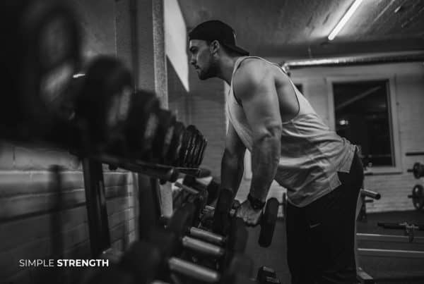 Doing your own thing in the gym is making you weak